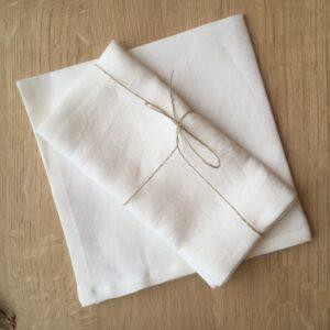 weiße Stoffserviette aus Bio Leinen (Doppelpack)