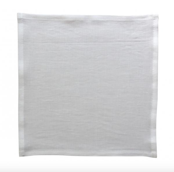 weißes Stofftaschentuch aus Bio Leinen, ausgebreitet